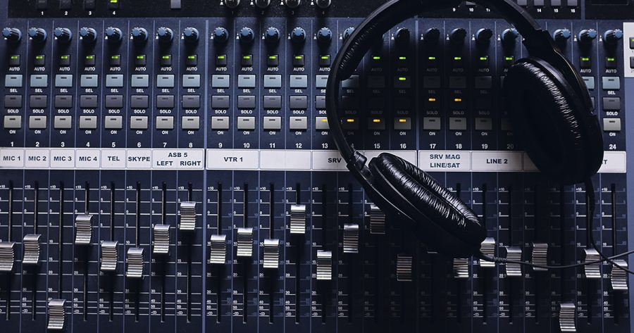 22 bancos de efectos de sonido y música para tus vídeos, gratis y de pago
